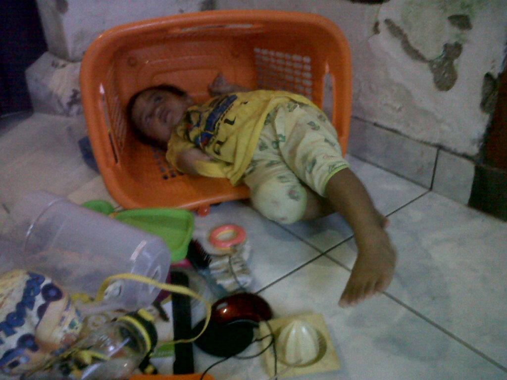 Baby Guscil Intan Rastini Page 4